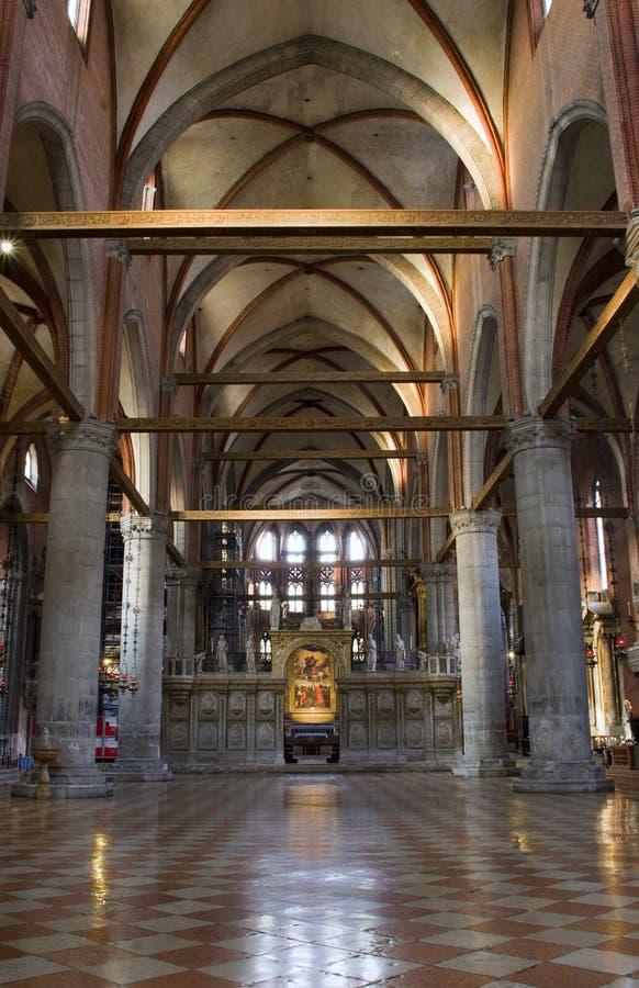 Venetië - binnenland van dei Frari van kerkSanta Maria stock foto