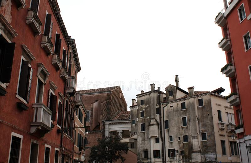 Venetië/Italië - Februari 02 2018 Venetiaanse architectuur vierkant stock afbeeldingen