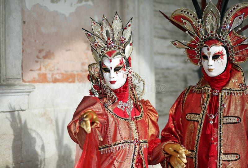 Venetië, Italië - Februari 5, 2018: vrouw en man met fantastisch r royalty-vrije stock foto