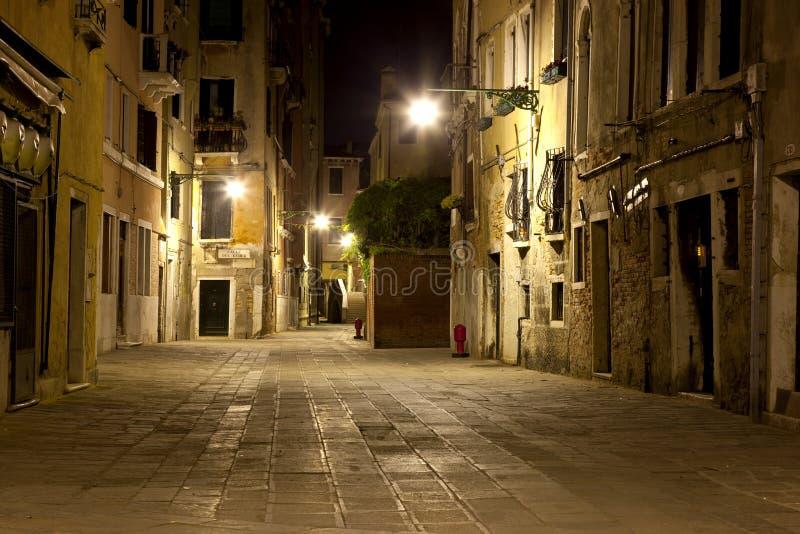 Venetië in nacht royalty-vrije stock afbeeldingen