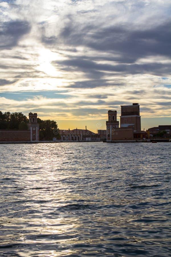 Venetiaans Arsenaal in Castello-gebied in Venetië stock foto's
