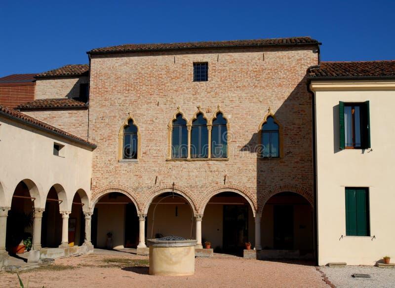 Venetiaans-stijlvilla zonovergoten Vigonza een stad in de provincie van Padua in Veneto (Italië) stock afbeeldingen
