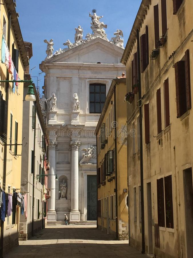 Venetiaanse Zijstraat stock afbeeldingen