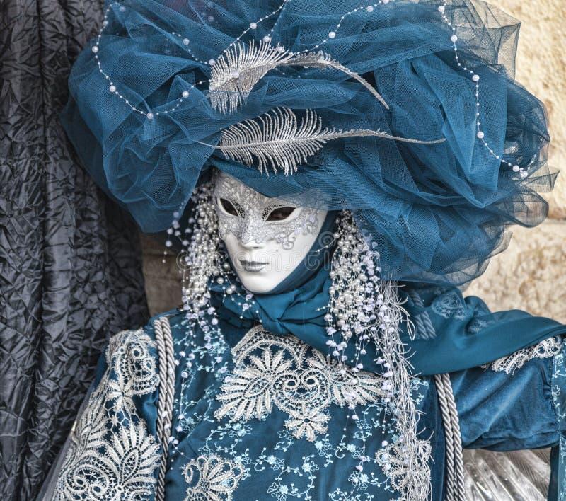 Venetian förklädnad för blått