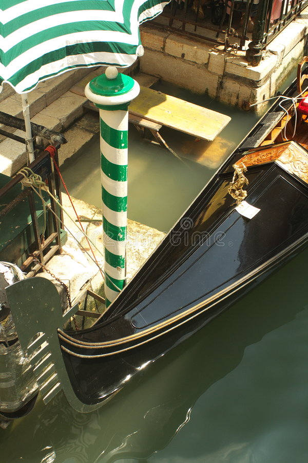 Free Venetian Gondola Royalty Free Stock Photos - 2689468