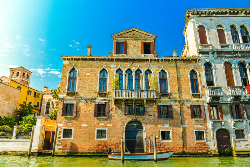 Venetian husfasad royaltyfria foton