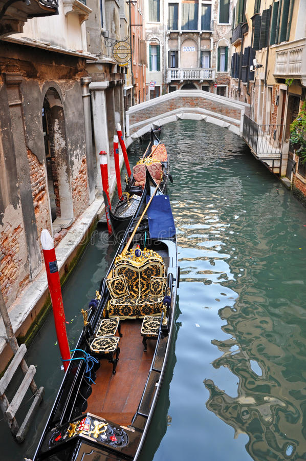 Free Venetian Narrow Water Channel Stock Images - 17629774