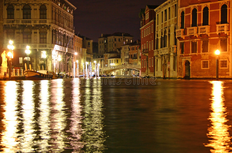Venetianische Nacht lizenzfreie stockfotografie