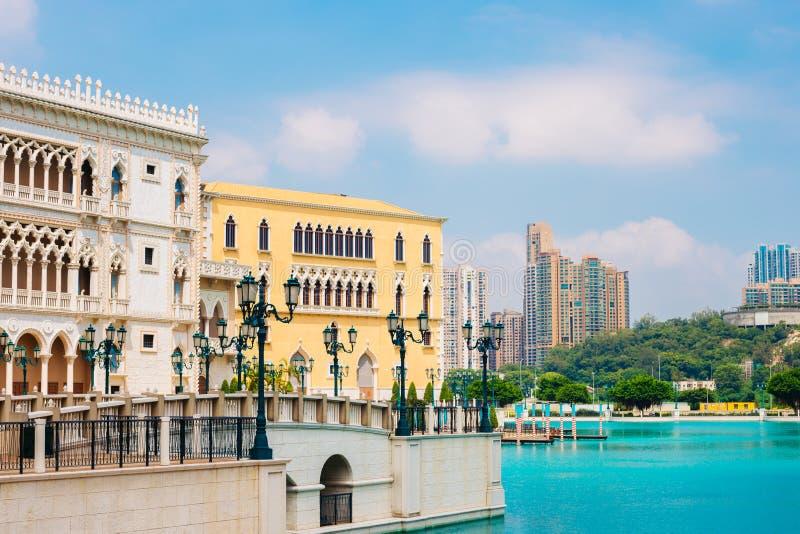 Venetianisches Hotel und See Macaos stockfotografie