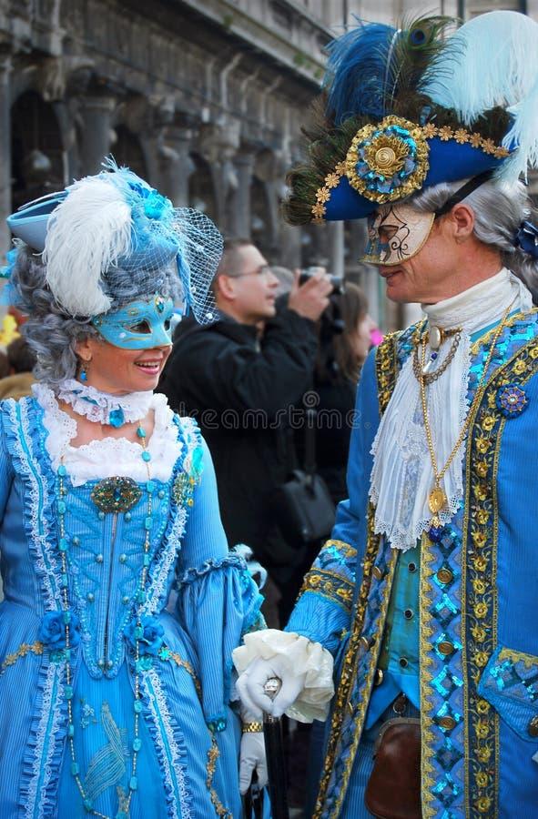 Venetians na Barokowych maskach obraz stock