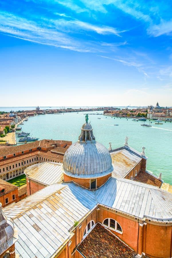 Veneza, abóbada de San Giorgio Church, opinião aérea do canal de Giudecca, Itália fotografia de stock royalty free