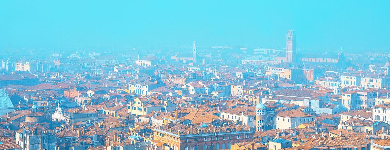 Veneza de acima Vista aérea de Veneza, Italy Arquitetura da cidade de surpresa de Veneza com ilhas imagens de stock
