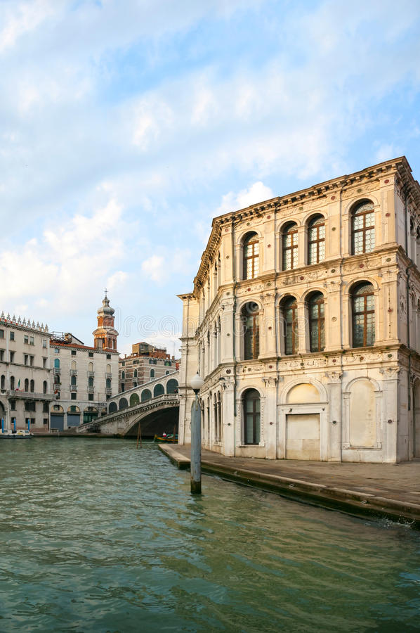 Veneza, Itália, ponte de Rialto fotos de stock