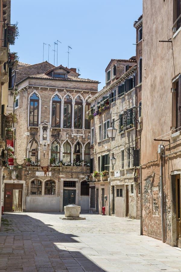 Venezia italia costruzioni italiane tipiche fotografia for Case tradizionali italiane