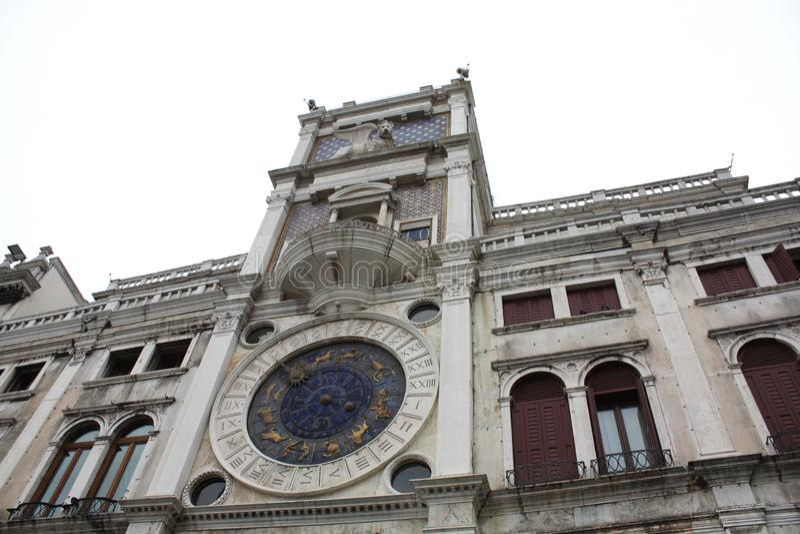 Venezia, Italia - 2 febbraio/2018 Vista del canale Febbraio 2018 Architettura veneziana fotografie stock