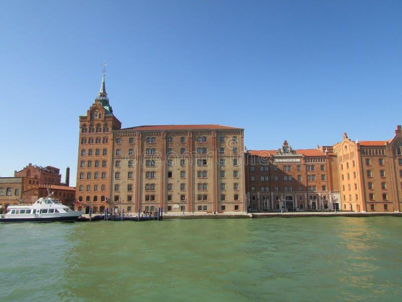 Venezia, Italia, una città sull'acqua, vie lungo il golfo di Venezia fotografie stock