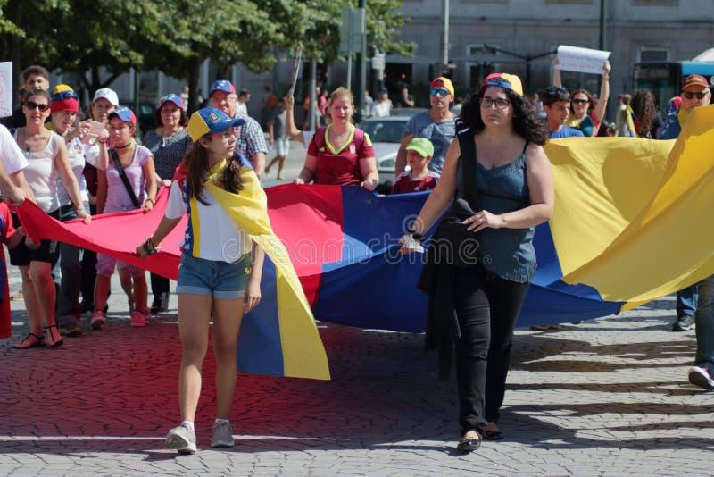 Venezuelans nella protesta del Portogallo contro Maduro immagine stock