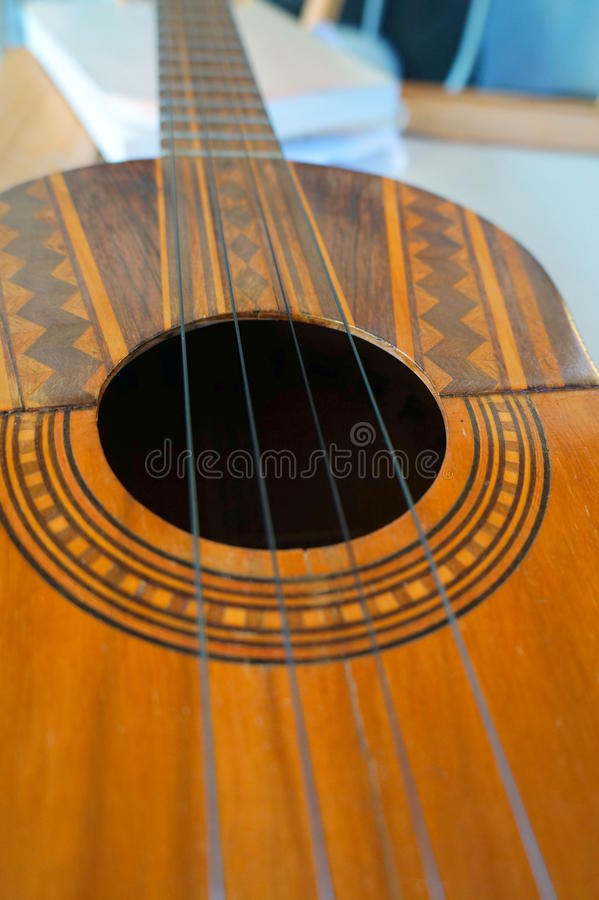 Venezuelanskt musikinstrument för El Cuatro arkivbilder