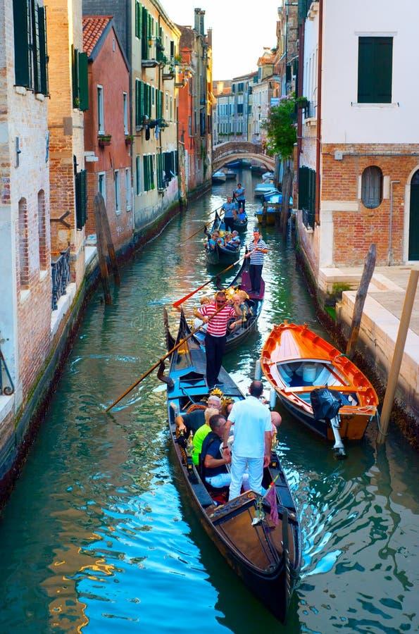 Venice gondolas editorial image. Image of boat, gondolas - 34853070