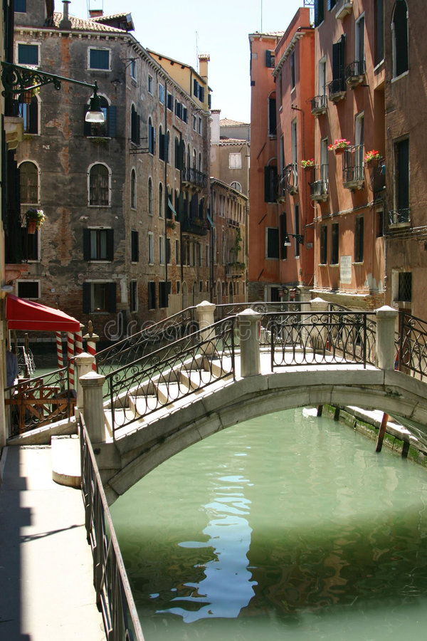 Free Venice - Nice View With Bridge Royalty Free Stock Photography - 184247