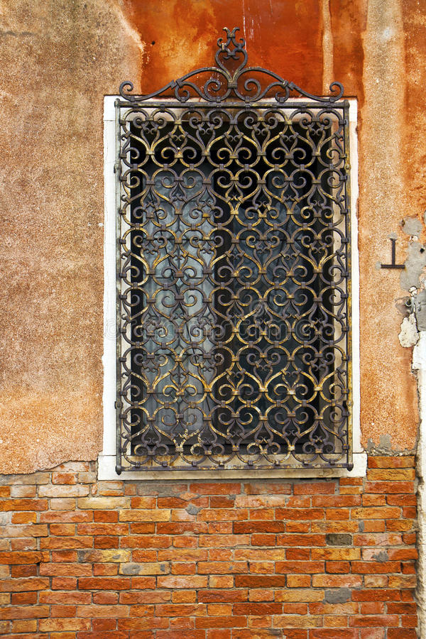 Iron Window Grille Stock Images Download 1 400 Royalty