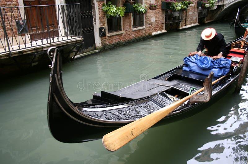Download Venise photo stock. Image du gondole, bateau, venise, balcon - 740878
