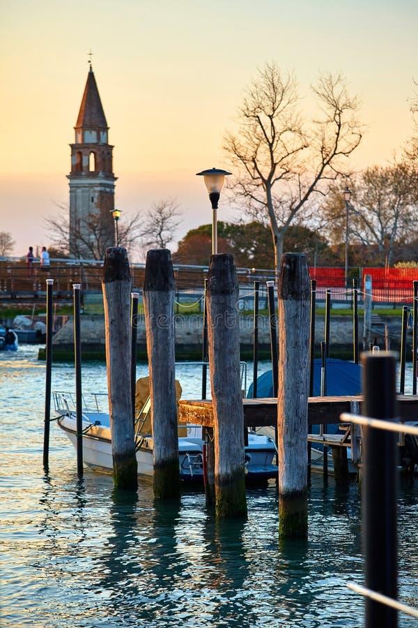 Venise, Italie Soir?e de coucher du soleil Vue à la tour photographie stock