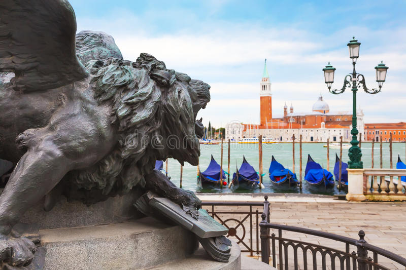 Download Venise Lion photo stock. Image du monument, vittorio - 56487810