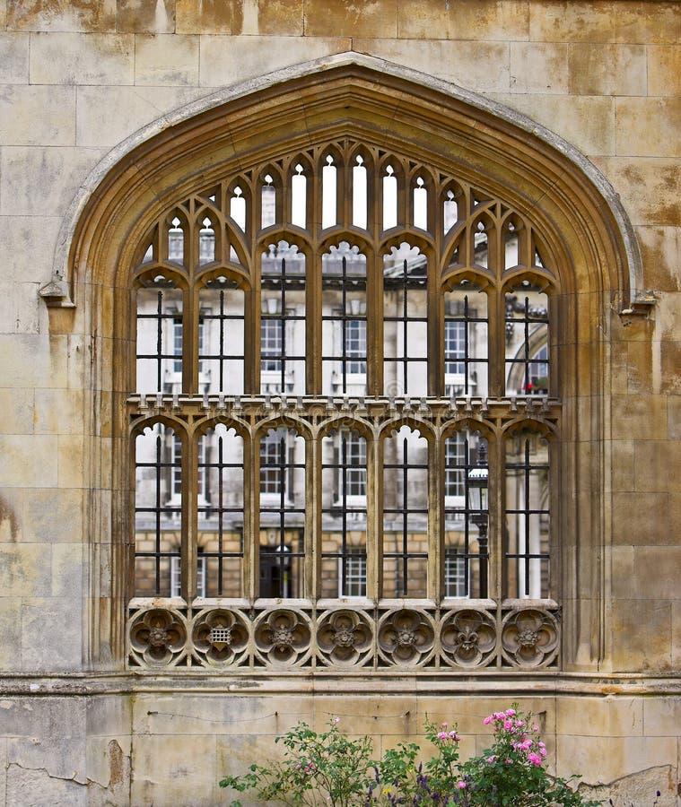 Venster bij de Universiteit van Cambridge royalty-vrije stock foto's