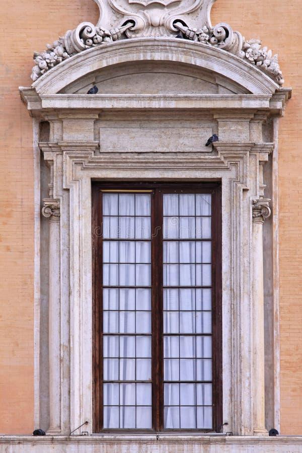 Venster Rome stock afbeelding