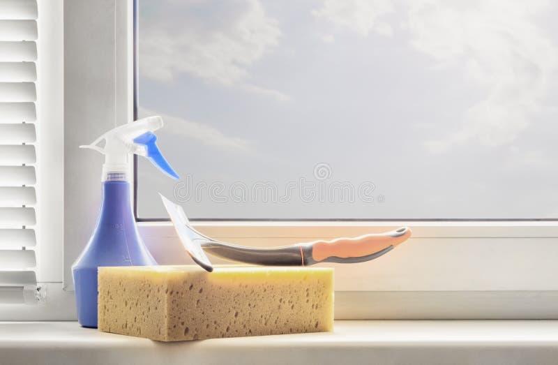 Venster schoonmakende toebehoren stock afbeelding