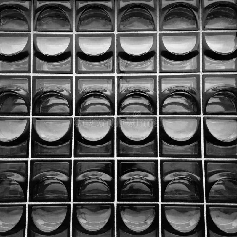 Venster van opgeblazen-glas wordt gemaakt dat stock afbeeldingen
