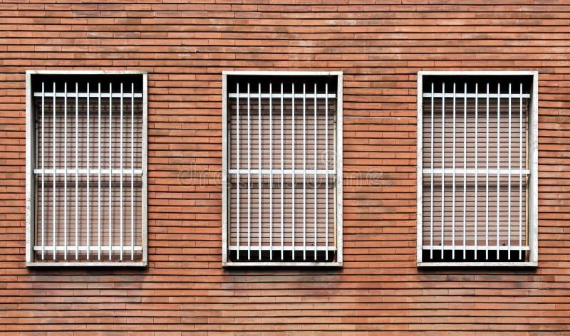 Vensterbars en gesloten vensters royalty-vrije stock afbeelding