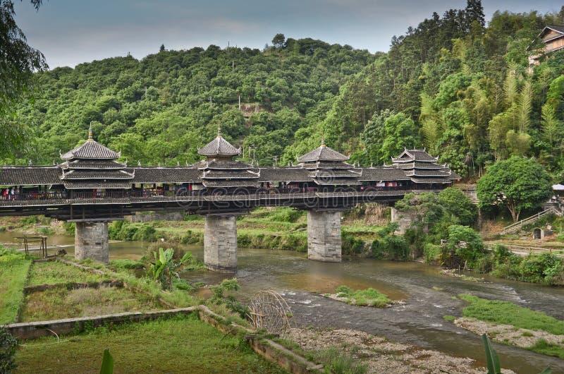 Vent de Chengyang et pont en pluie images libres de droits
