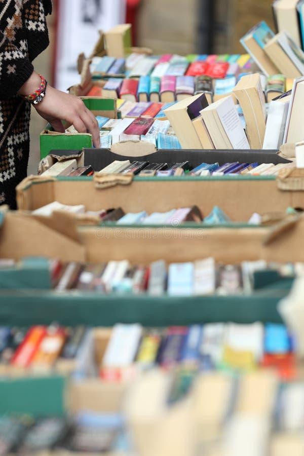 Venta de libro usada fotos de archivo