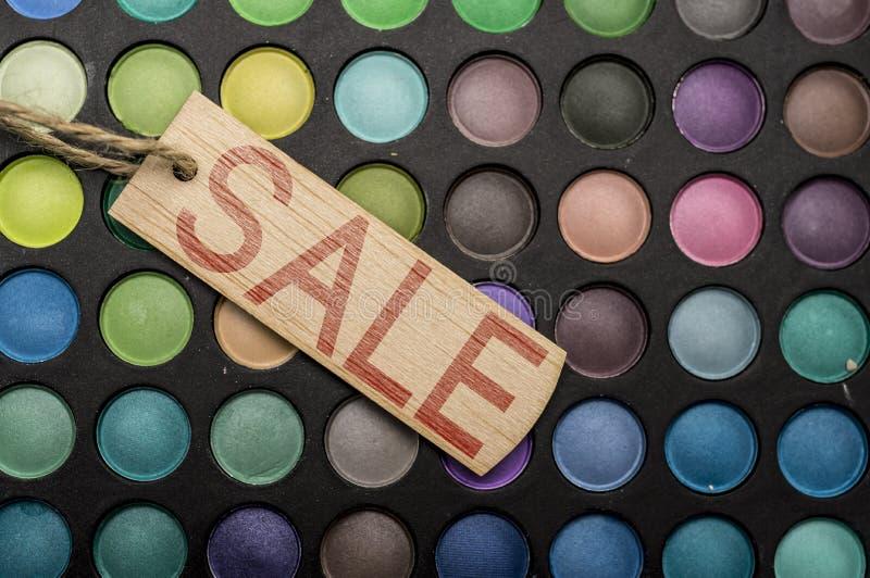 Venta en productos de maquillaje imágenes de archivo libres de regalías