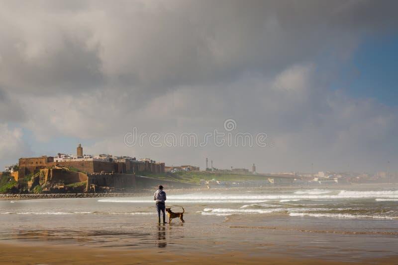 Venta, Marruecos - 5 de marzo de 2017: Opinión de la mañana de Medina Rabat imagen de archivo libre de regalías