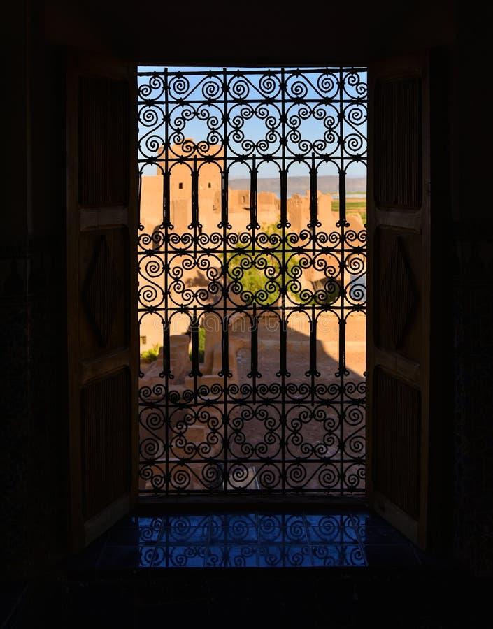 Ventana árabe imagen de archivo