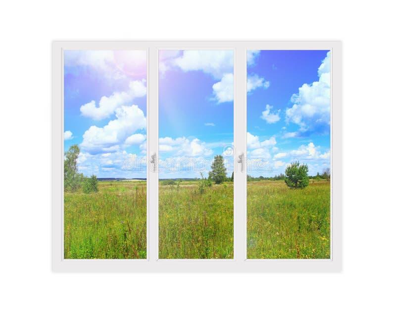 Ventana aislada con la visión al campo del verano Visión rural imagenes de archivo