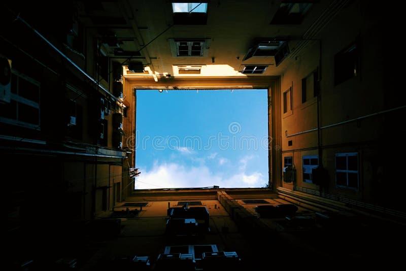 Ventana al cielo fotografía de archivo