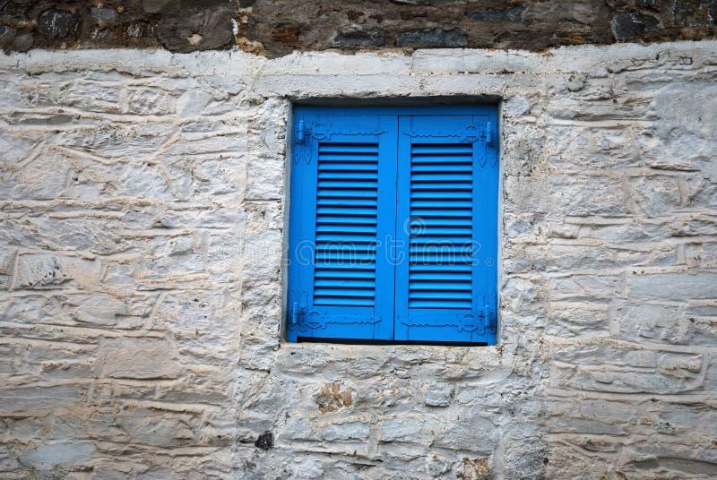 Ventana azul imágenes de archivo libres de regalías
