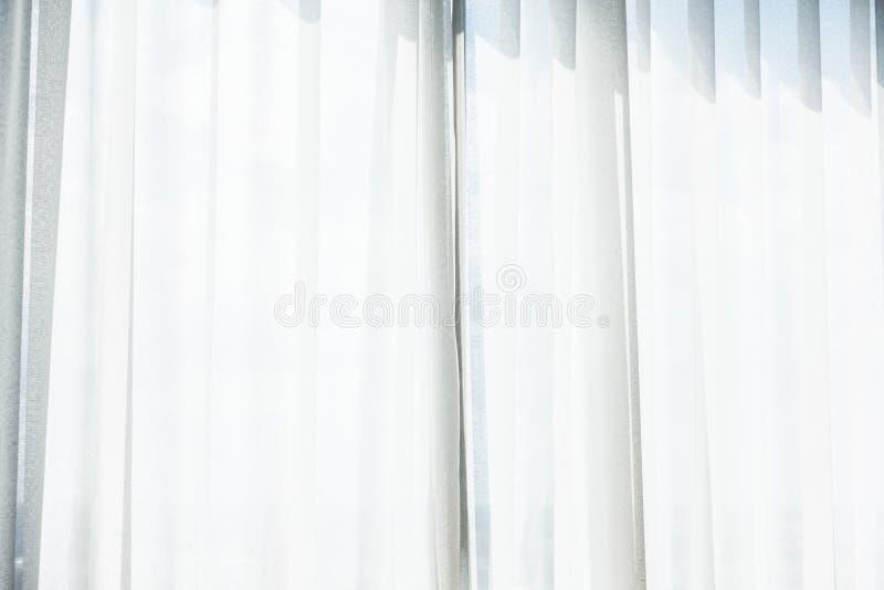 Ventana blanca de la cortina foto de archivo libre de regalías
