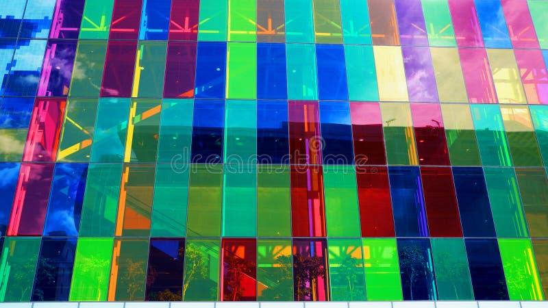 Ventana colorida de un edificio stock de ilustración