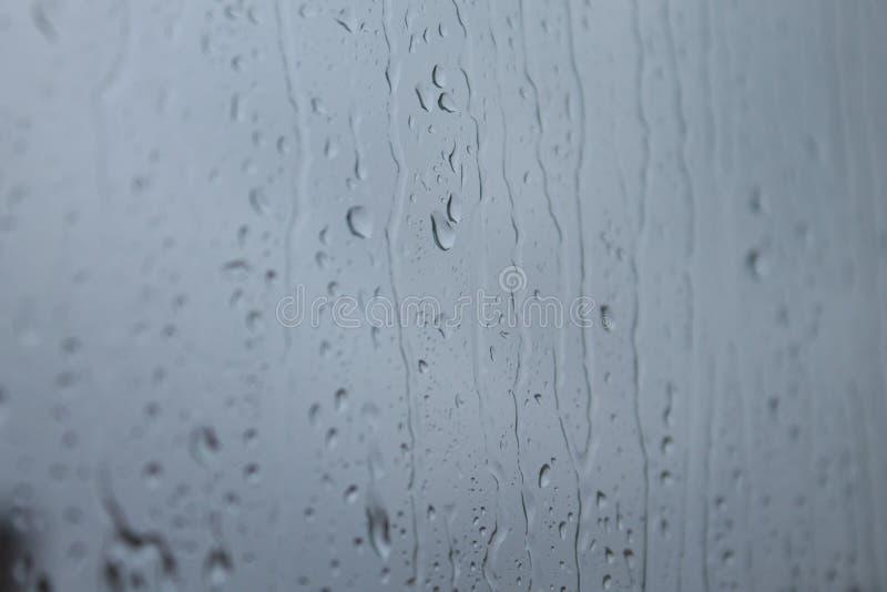 Ventana de Gotas de lluvia en imagens de stock
