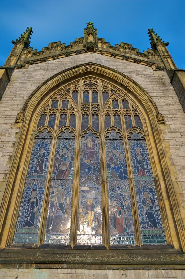 Ventana de la iglesia de parroquia de Kendal fotografía de archivo