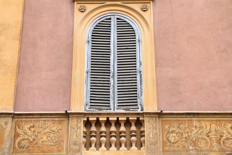 Ventana de Roma imagen de archivo libre de regalías