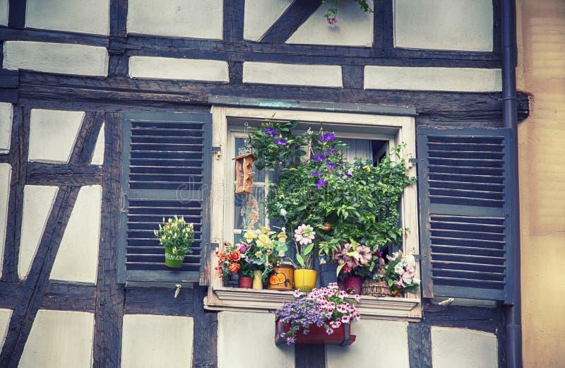 Ventana del verano de Francia foto de archivo