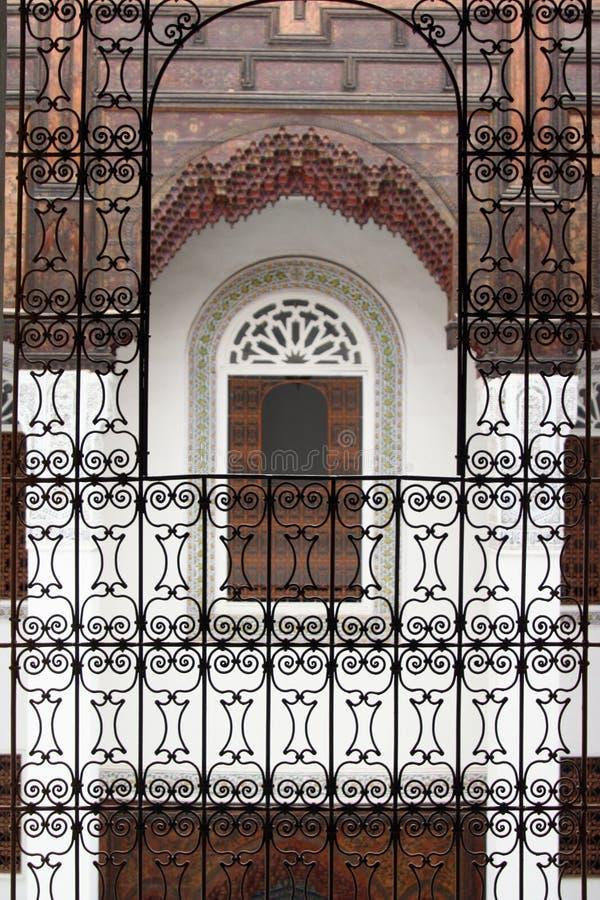 Ventana en la casa de la música en Fes, Marruecos fotografía de archivo