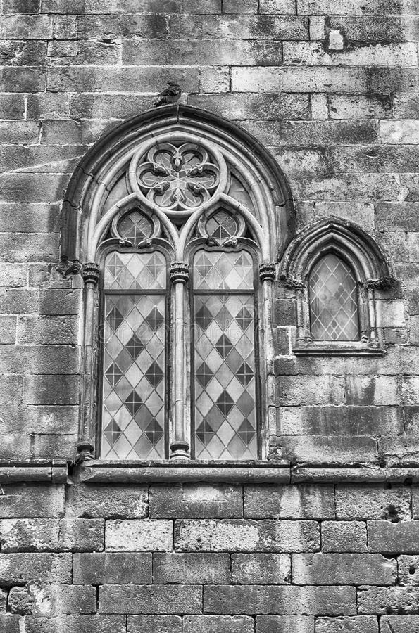 Ventana medieval en Placa del Rei, Barcelona, Cataluña, España foto de archivo