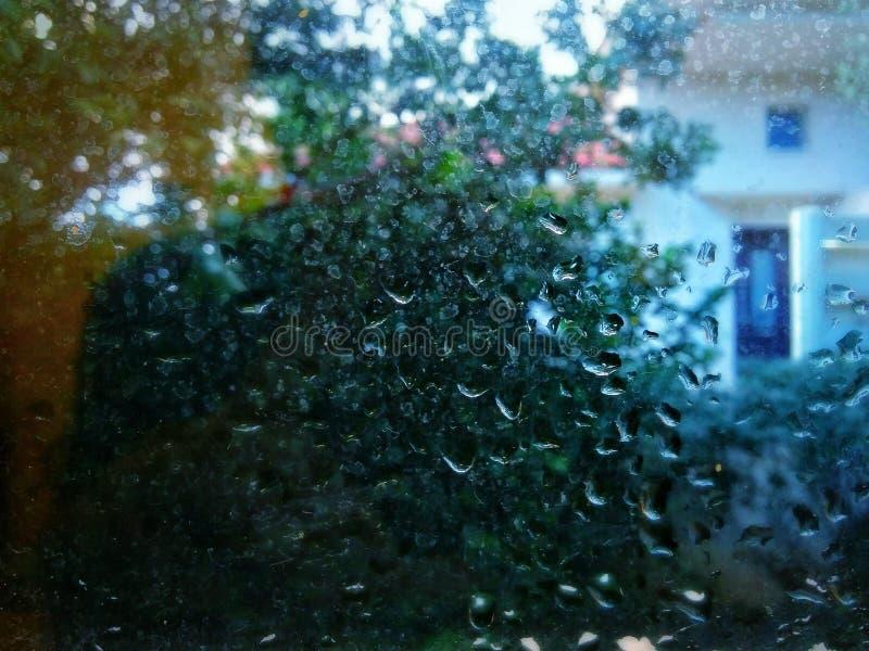 Ventana mojada imagen de archivo